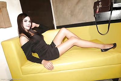 Small tit brunette Asian..
