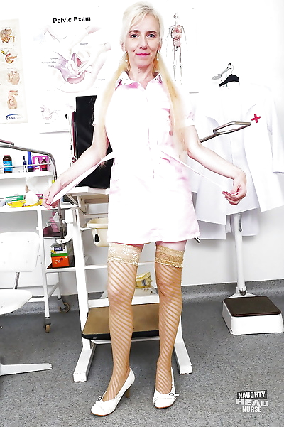 Older blonde nurse rids..