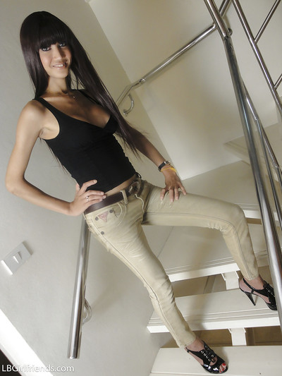 Beautiful Asian shemale..